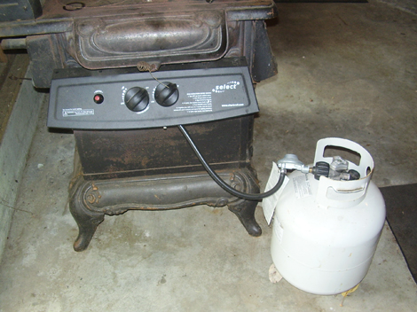 Can you hook up a gas stove to propane tank
